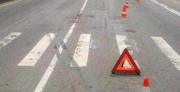 Грузовой автомобиль насмерть сбил 39-летнего пешехода натрассе вВоскресенском районе